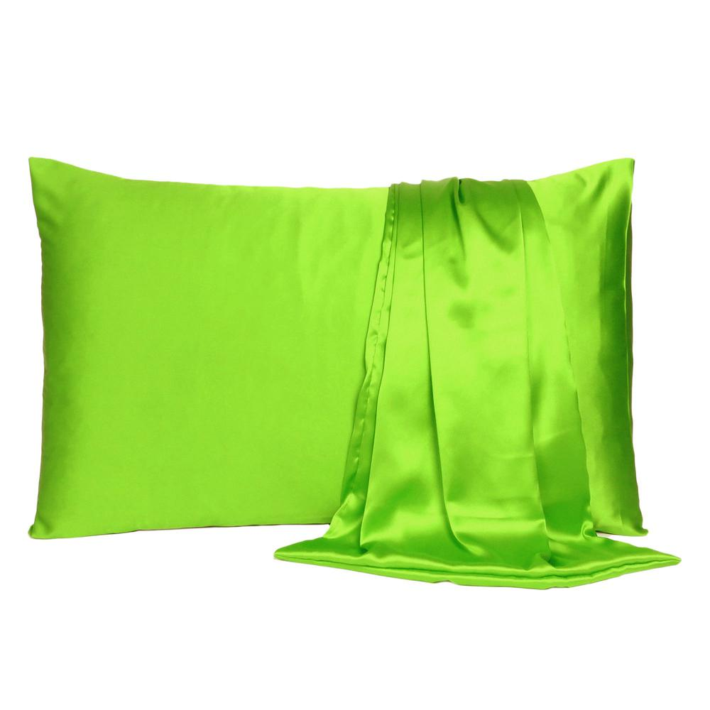Bright Green Dreamy Set of 2 Silky Satin Standard Pillowcases - 387869. Picture 2