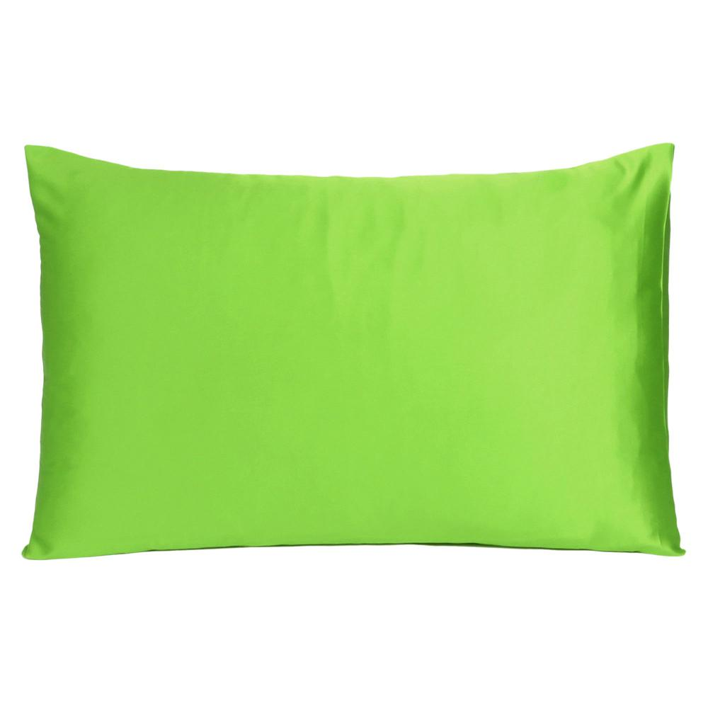 Bright Green Dreamy Set of 2 Silky Satin Queen Pillowcases - 387898. Picture 3