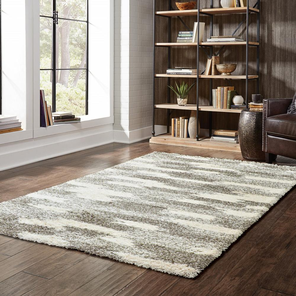 7' x 10' Gray and Ivory Geometric Pattern Area Rug - 387986. Picture 3