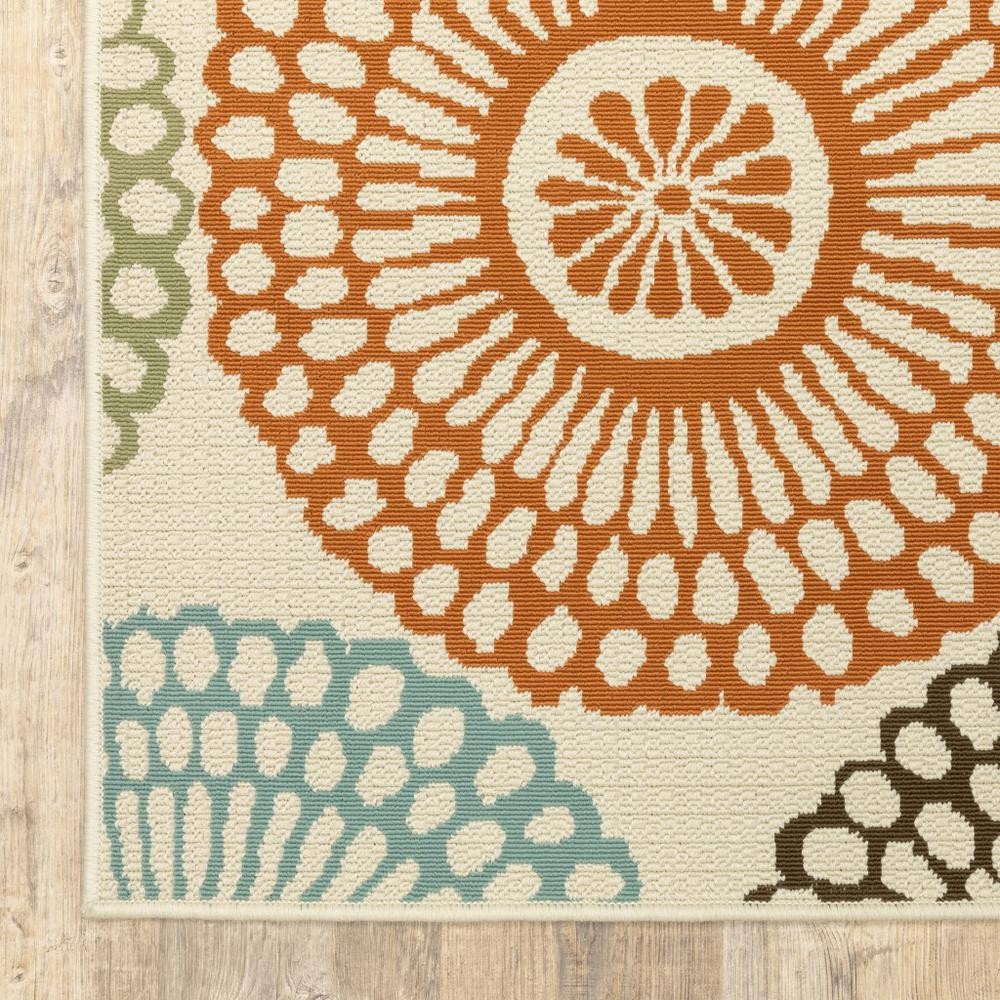8'x11' Beige and Blue Medallion Indoor Outdoor Area Rug - 388693. Picture 2