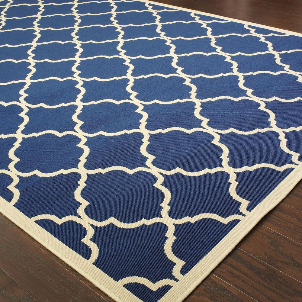 8'x11' Blue and Ivory Trellis Indoor Outdoor Area Rug - 388785. Picture 3