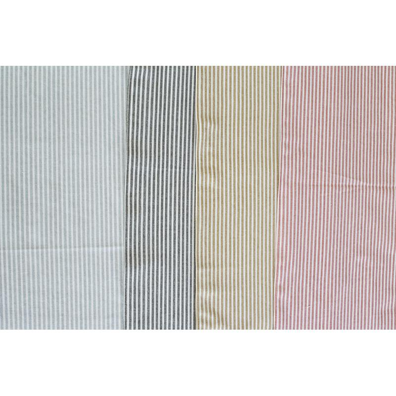Set of Eight Periwinkle Striped Placemats - 388992. Picture 4