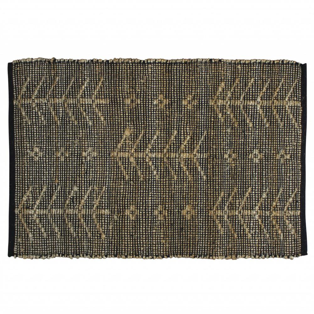 2' X 3' Black Distressed Tribal Scatter Rug - 389101. Picture 1
