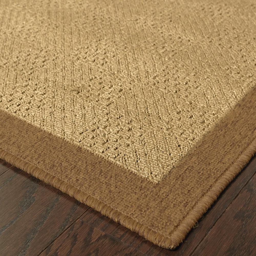 5'x8' Beige and Brown Plain Indoor Outdoor Area Rug - 389484. Picture 4