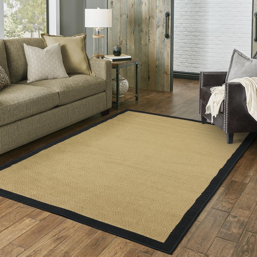 7'x11' Beige and Black Plain Indoor Outdoor Area Rug - 389502. Picture 3