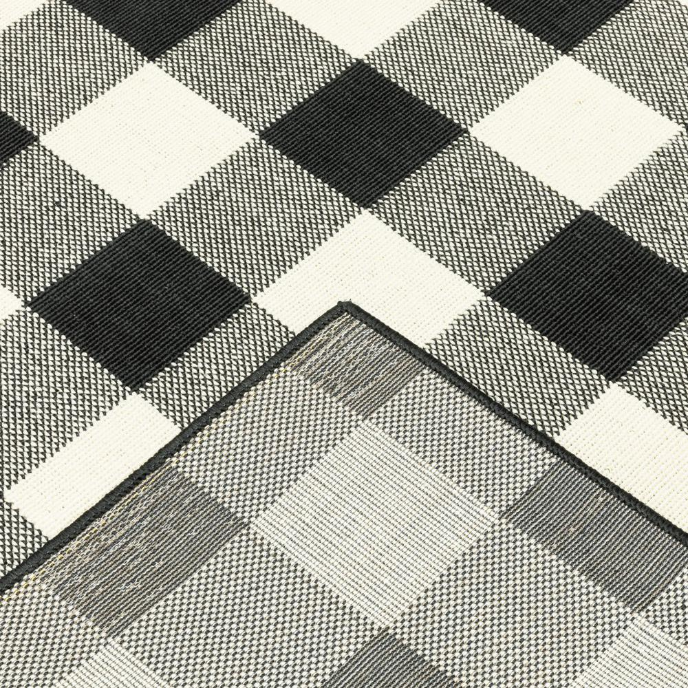 9'x13' Black and Ivory Gingham Indoor Outdoor Area Rug - 389523. Picture 3