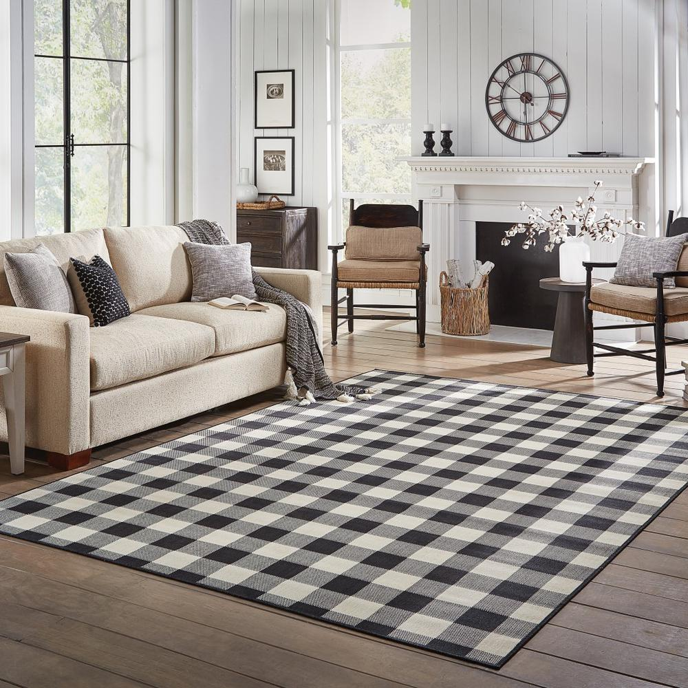 9'x13' Black and Ivory Gingham Indoor Outdoor Area Rug - 389523. Picture 8