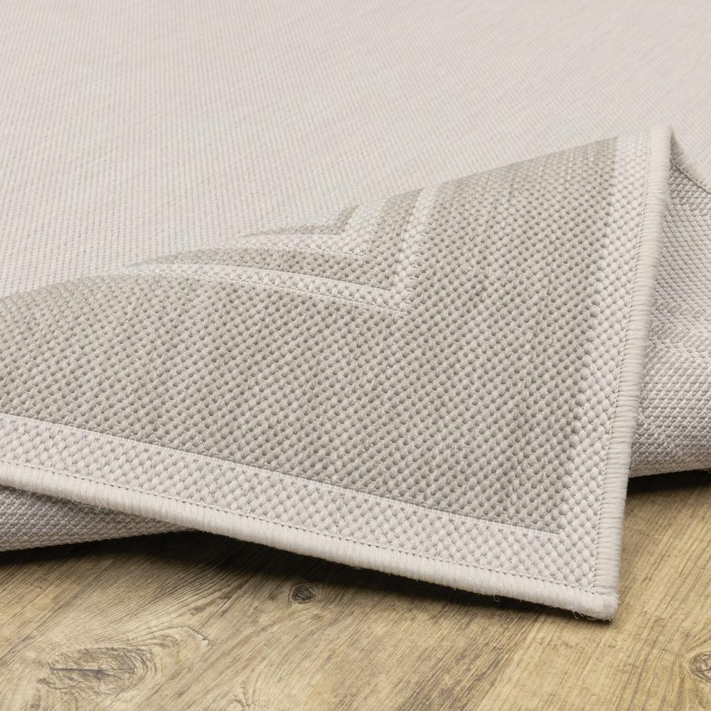 2'x7' Ivory and Gray Bordered Indoor Outdoor Runner Rug - 389628. Picture 2