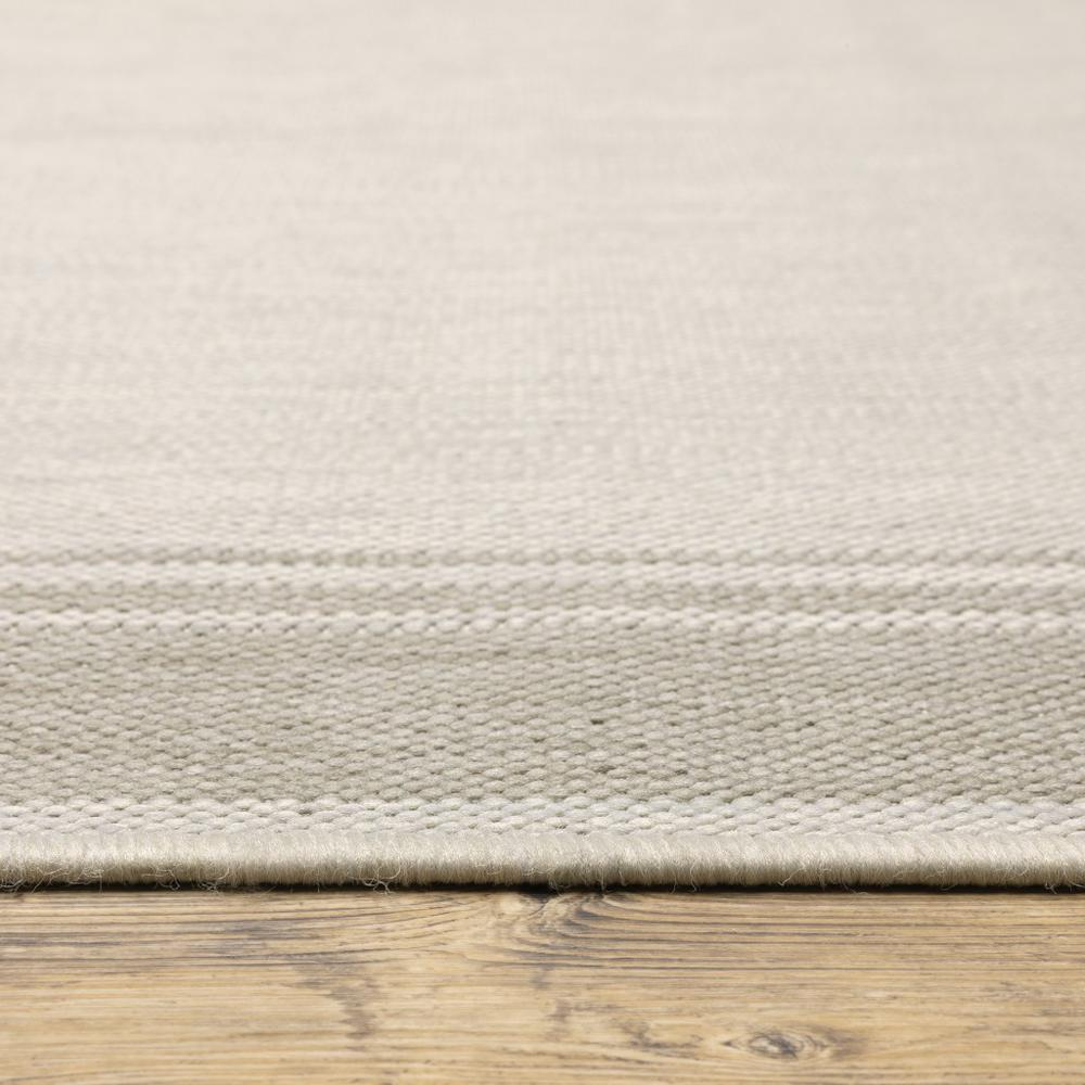 2'x7' Ivory and Gray Bordered Indoor Outdoor Runner Rug - 389628. Picture 7