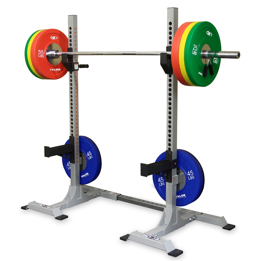 Squat stand towers for Squat station