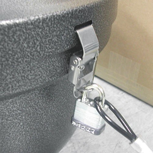 Smokers' Oasis Lock Kit, 48in Plastic-Coated Steel Cable w/Lock/Key. Picture 1
