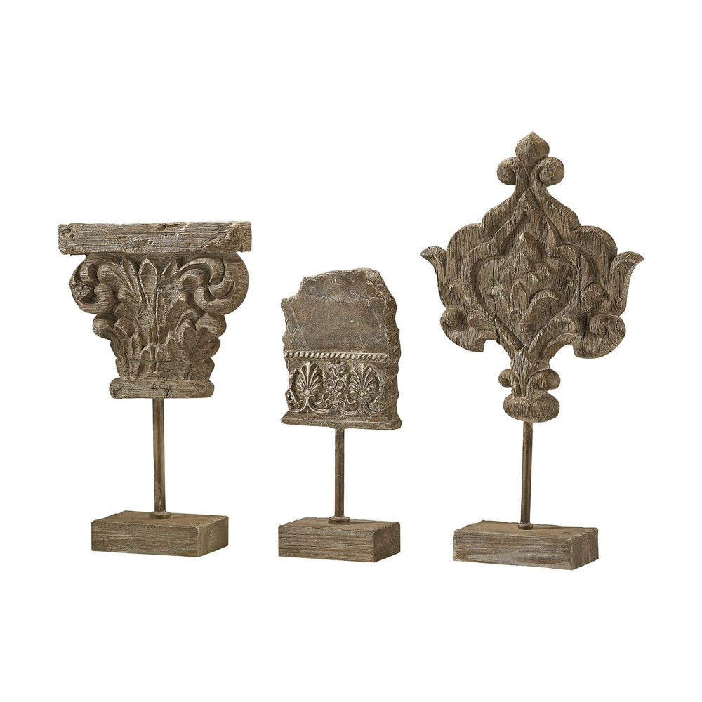 Auvergne Finials In Aged Corbel Stone - Set of 3. Picture 1