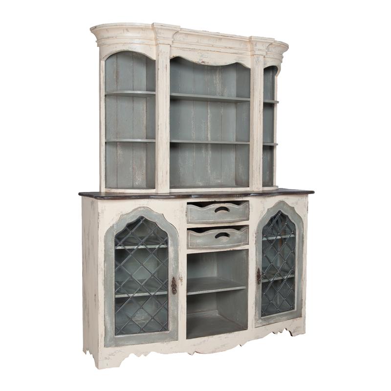 Vaucelles Cabinet. Picture 1