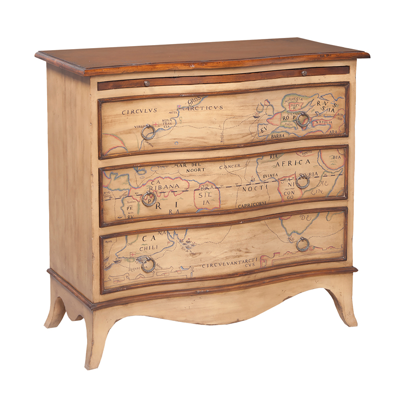 Heritage Three Drawer Chest. Picture 1