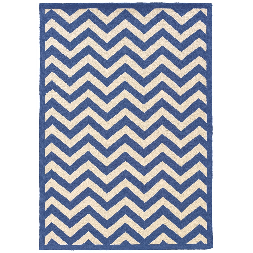 SILHOUETTE CHEVRON NAVY 2x3 Rug. Picture 1