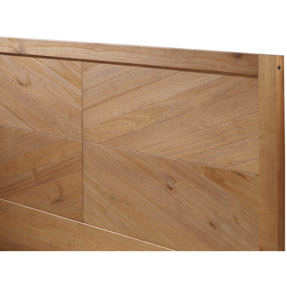 Solid Pine Wood Queen Chevron Bed - Caramel. Picture 5