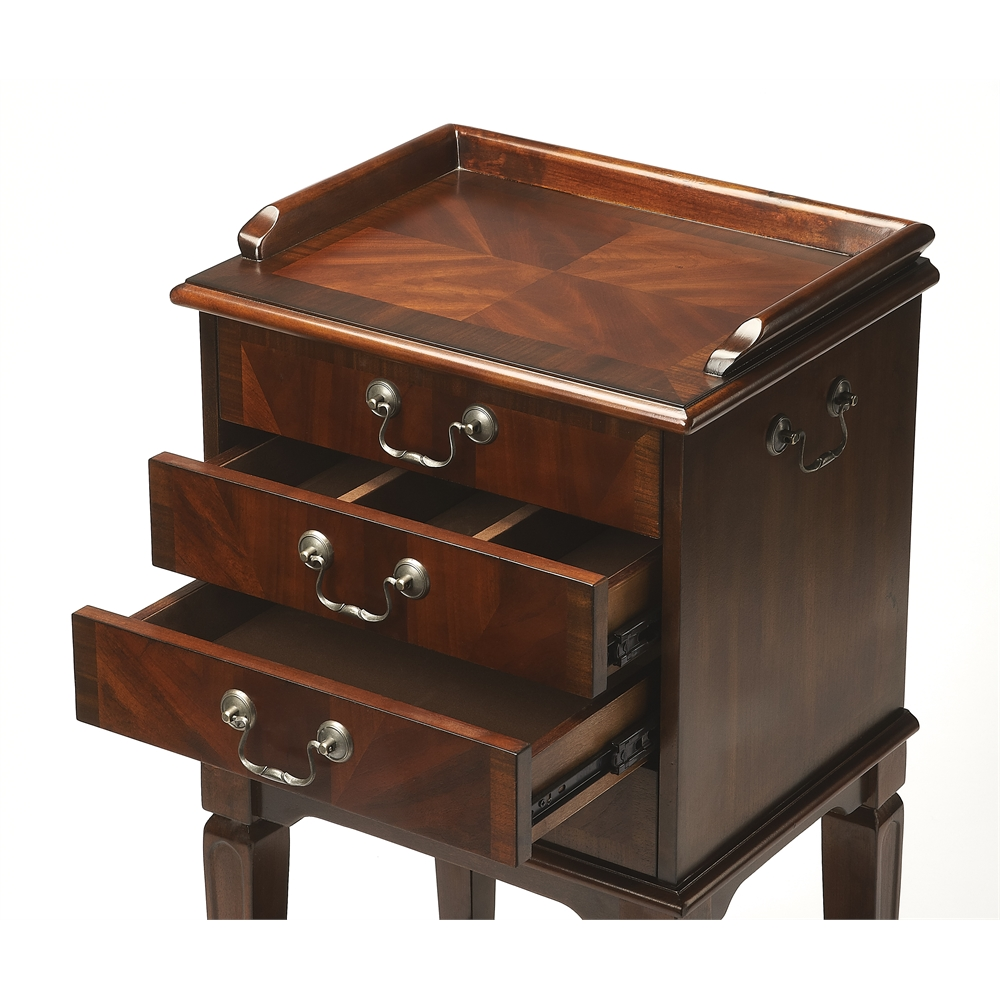 Hardwick Plantation Cherry Silver Chest. Picture 2