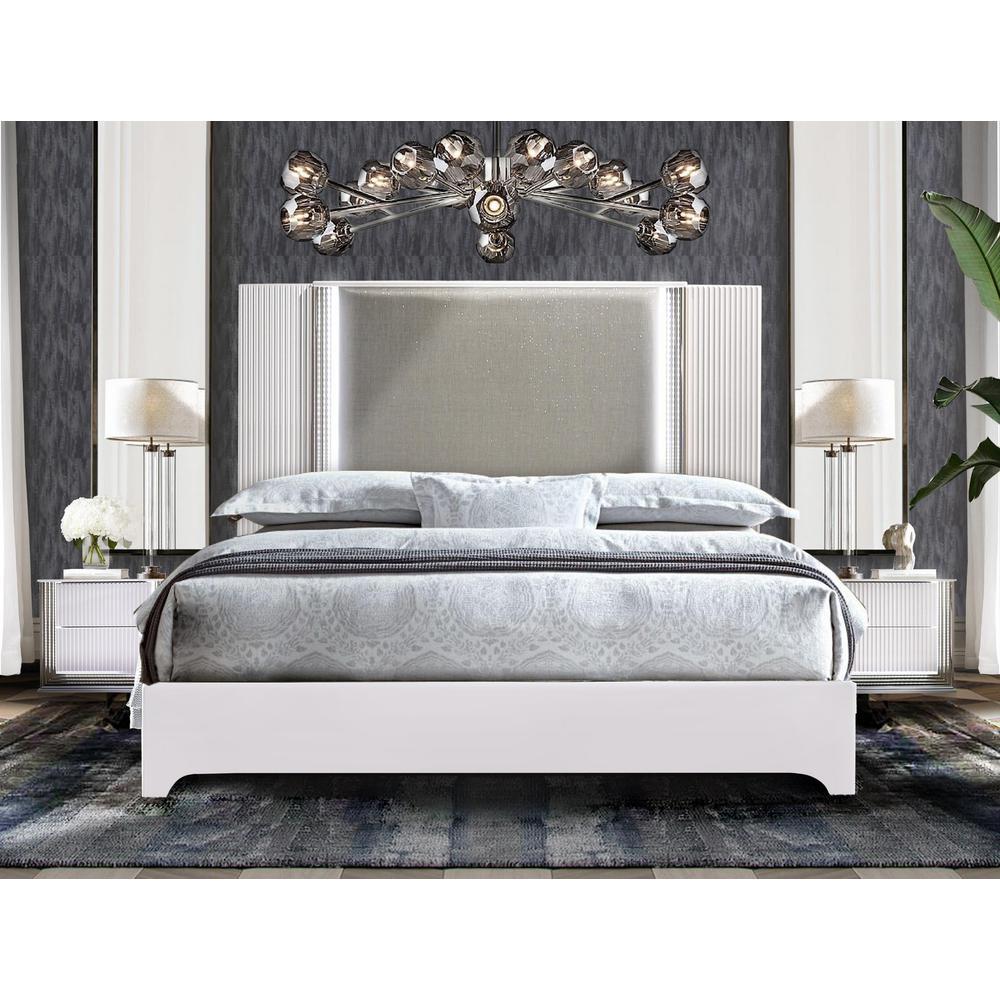Aspen-Wh-Kb, Aspen King Bed. Picture 3