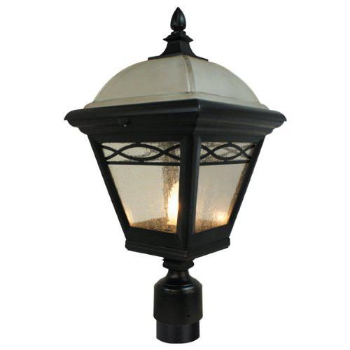 Brentwood   Large Post  Mount Light. Picture 1