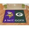 """FANMATS NFL - Minnesota Vikings/Green Bay Packers House Divided Rugs 33.75""""x42.5"""""""