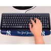 "FANMATS MLB - New York Yankees Wrist Rest 2""x18"""